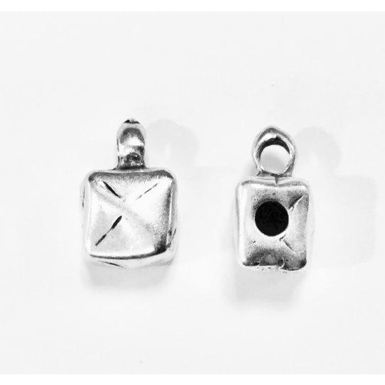 Accroche breloque forme de' avec anneau trou 2.90mm