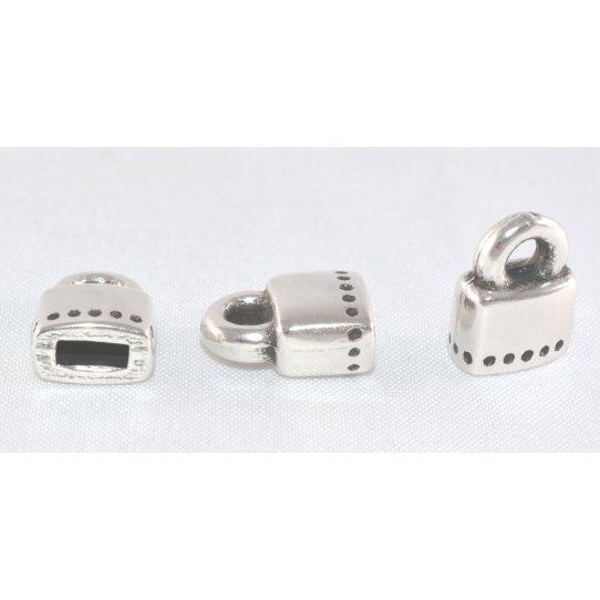 Embout avec anneau  5 mm plat pour cuir