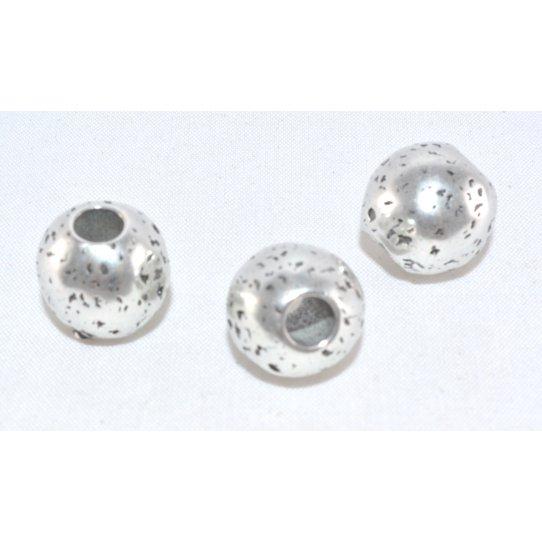 Grands Perles rond martelé 5mm de diametre