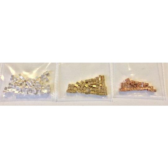 Intercalaire en laiton petit cube en argent -or-or rose