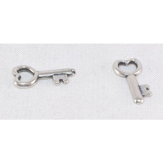 Pendant petite clé 12 x 6 mm