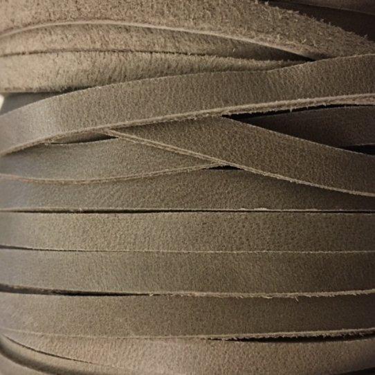 lanière 4 mm en veau non doublé-rustique et economique