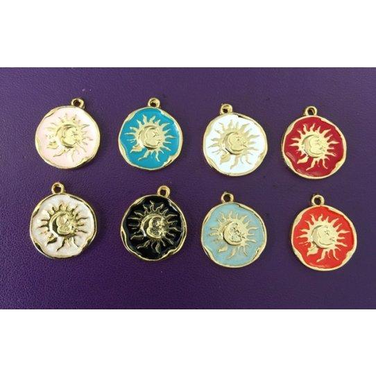 2Pendants  médaille soleil lune étoile émaillé-en 8couleurs
