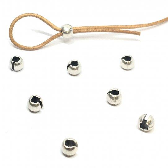 Perles à écraser ouvertes pour camoufler le nœud d'élastique